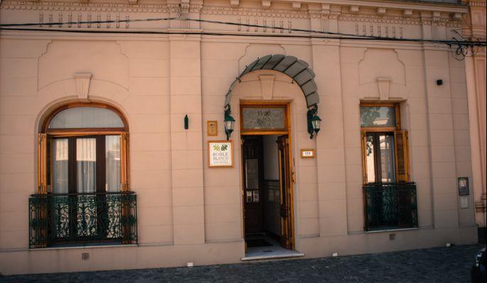 Roble Blanco, Hotel en Chascomús